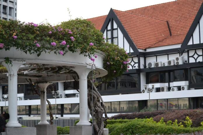 Merdaka Square, FamilyFoodTravels.com, Linu Freddy